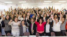 El club de mentoría digital ayuda a que las mujeres emprendedoras fortalezcan sus habilidades tecnológicas.