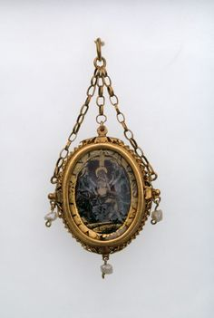 Spanish   Two-Sided Pendant with the Presentation in the Temple; and the Resurrection, late 16th/early 17th century.