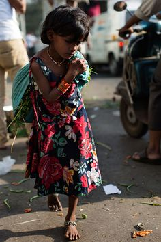 On the Street….Morning Flower Market, Mumbai - The Sartorialist