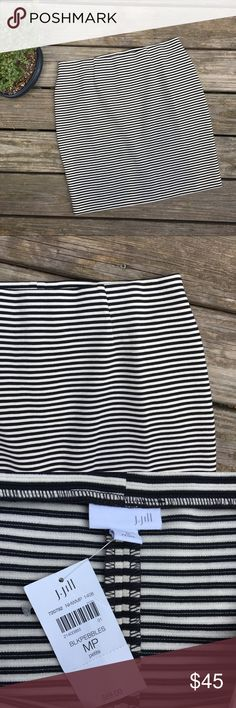 """NWT J.Jill Black Striped Skirt Brand new with tags J.Jill """"Black Pebbles"""" Skirt. Length is 20"""" and waist is 16.5."""" Waist is elastic and stretchy. So comfy! Perfect for the office or a date night. Size medium Petite. Has a small split in the back. Reasonable offers welcome J. Jill Skirts"""