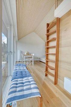 Modern Tiny Cabin 007