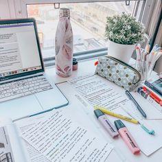 Vie Motivation, Study Motivation, College Motivation, Study Corner, Study Pictures, Study Organization, Study Space, Study Areas, Study Desk