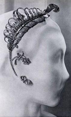 Mauboussin 1939 Feathers Hair Clip, New York Exhibitionn Tiara