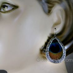 Peacock Feather Earrings silver design Price: Usa Dollar $13, British UK Pound £08, Euro10, Canada CA$14 , Indian Rs702.
