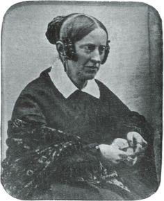 Annette von Droste-Hülshoff war eine deutsche Schriftstellerin. Sie gilt als eine der bedeutendsten deutschen Dichterinnen. Ihr Porträt zierte auch den 20 DM Schein (ab 1992).