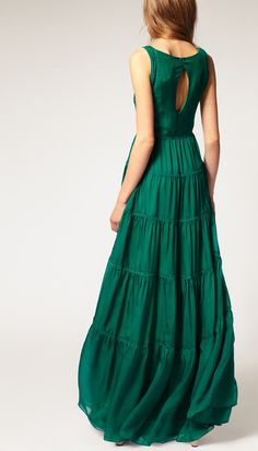 emerald  dress- I would make something like this out of cotton, for a night gown in the summer.