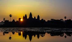 Photo Angkor vat sunrise 1 / Cambodia par Fabien  Chevallier  on 500px