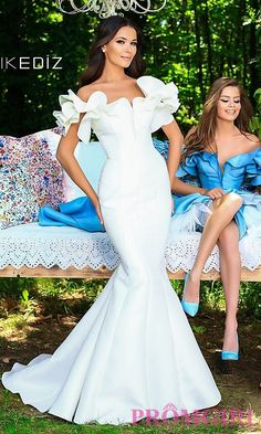 Shop PromGirl for prom dresses like Long prom dresses, short prom dresses, plus size prom dresses, homecoming dresses, and party dresses. Wedding Dress Pictures, Blue Wedding Dresses, Wedding Dress Sleeves, Elegant Wedding Dress, Perfect Wedding Dress, Bridal Dresses, Plus Size Prom Dresses, African Fashion Dresses, Chic Dress