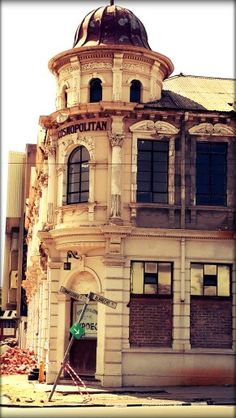 Time stood still . The old Cosmopolitan Hotel in Johannesburg Johannesburg Skyline, Time Stood Still, Historical Pictures, Old Pictures, Cosmopolitan, Old World, South Africa, Landscape Photography, Old Things