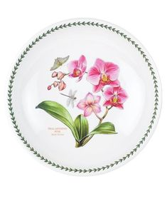 Exotic Botanic Garden from Portmeirion blooms with tropical flowers bursting with color. This quality dinnerware collection brings sunshine into the home and looks fabulous when displayed on the table or in the kitchen. As you'd expect from Portmeirion, e