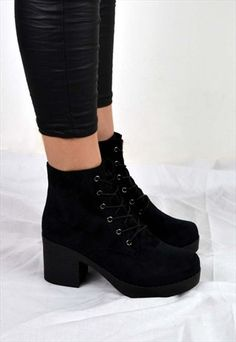 Cute Shoes, Me Too Shoes, Heeled Boots, Shoe Boots, Chelsea Ankle Boots, Shoes Heels Wedges, Dream Shoes, Fashion Boots, Black Boots