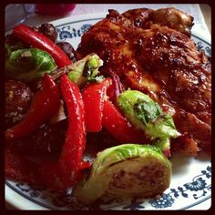 BBQ Chicken w/ Grilled Veggies tossed in Light Italian Dressing & Red. Fat Parmesan Cheese. 17 Day Diet Cycle 1