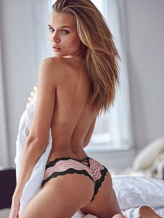 Josephine Skriver - Victoria's Secret - June 2016