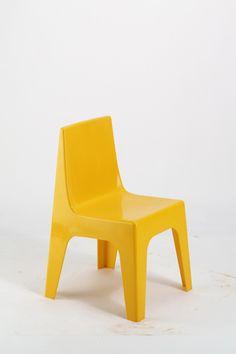 Entwurf unbekannt, Kinderstuhl aus Kunststoff (1960er Jahre)