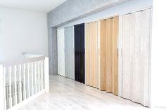 JORO-taiteovi valmistetaan mittatilaustyönä asiakkaan antamien mittojen mukaan. Eri mallien, pintamateriaalien, lasi- ja puupeilien sekä värien yhdisteleminen antaa lukemattomia mahdollisuuksia yksilölliseen sisustamiseen. Room Divider, Decor, Furniture, Home, Home Decor, Room