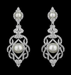 Elegant CZ and Pearl Wedding Earrings me4442 in silver plating.