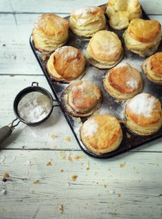 Easy recipe: Apple, Pear and Cinnamon Mini Pies you can bake in a muffin tin. Yum.