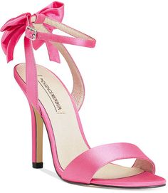 Menbur Milan Bow Evening Sandals || Silky, strappy, pink, and a darling bow in the back! Perfection.