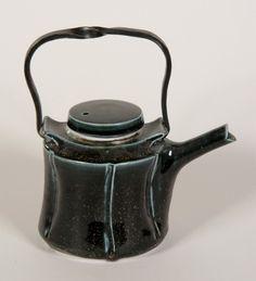 Joanna Howells tea n torc teapot