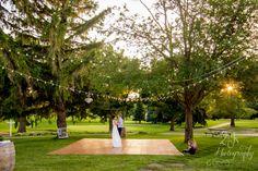 2Js Photography | Arrowwood Resort, Okoboji, Iowa; Wedding, couple first dance