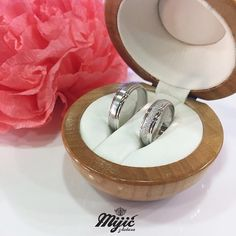 Model Sunlight, inspirisan letom ❤️ #burme #weddingrings #belozlato #gold #zlatar #zlatara #zlataramijic #grocka #beograd #srbija #goldsmith #vencanica #wedding #vencanje #svadba #prsten #bride #instasmithy #instajewelrygroup #love #weddingbands #ljubav
