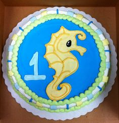 cute seahorse cake!..ohhh  Does anyone feel inspired to make this cake for Katelyn for her birthday?? if only I could bake......