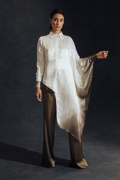 Hensely Spring 2018 Ready-to-Wear Fashion Show Collection: See the complete Hensely Spring 2018 Ready-to-Wear collection. Look 25 Cl Fashion, Muslim Fashion, Look Fashion, Hijab Fashion, Trendy Fashion, Spring Fashion, Fashion Dresses, Fashion Trends, Lolita Fashion