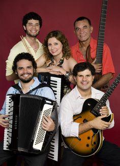 O grupo Quinteto Sivuca presta uma homenagem ao legado do mestre da sanfona, que completaria 80 anos em 2010.