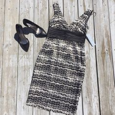 London Times Petite Dress NWT! Originally $100. Fancy. Pair it with some jewelry and heels or flats. Last 3 pictures show the back. There is a delicate slit in the back. SIZE: 4P. 100% polyester London Times Dresses Midi