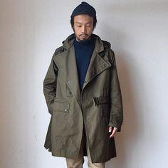 もちろんカットソーやシャツの上からガバッと羽織ってもめちゃくちゃかっこいいです。 メーカー在庫は無し。店頭分も極僅か。一期一会とはこのこと。 手軽に買えるプライスではないですが、他の欲しい物を先送りにしてでも手に入れる価値がある一枚です。 #tatamize #workersjapan #comoda_akashi #明石 #神戸 #姫路 #加古川 #兵庫 #大阪 #メンズファッション #メンズスタイル #メンズコーデ #mensfashion #mensstyle #ootd