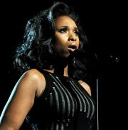 Tweeting the Grammys! How the Grammys Rocked the Twitterverse -- interesting look at tweets during the broadcast & the hush for Jennifer Hudson's performance