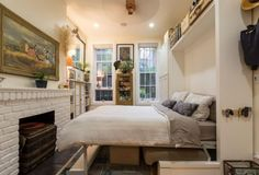 ニューヨークの小さなアパートメントの紹介です。スペースが無いからこそ、インテリアを自分色に染めて居心地良く過ごすためのヒントがある…