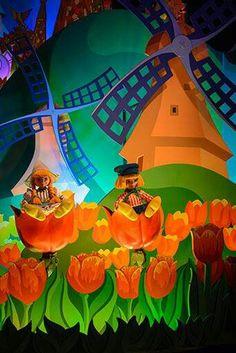 It's A Small World | Holland | Disneyland Paris