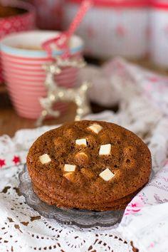Conoce la mejor receta de cookies de chocolate blanco con especias que jamás has probado!. Fácil y deliciosa.