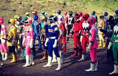 . Power Rangers Pictures, Japanese Funny, Movie Tv, Battle, The Past, War, Humor, Humour, Funny Photos