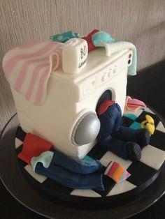 Washing+machine+cake++-+cake+by+Lisa+Salerno+