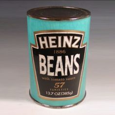 Heinz Beans ~ The best British import. I could live on these beans alone! Heinz Beans, Heinz Baked Beans, Baked Beans On Toast, Boston Baked Beans, English Breakfast Traditional, Pork N Beans, Stop And Shop, Bush Beans, Tomato Sauce
