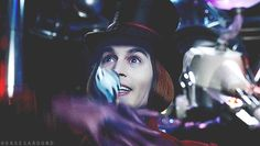 charlie and the chocolate factory, gif, and hat image Johnny Depp Characters, Johnny Depp Movies, Movie Characters, Tim Burton Films, Burton Burton, Johnny Depp Willy Wonka, The Hollywood Vampires, Netflix Tv Shows, Jonny Deep
