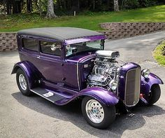 Ideas cool old cars hot rods wheels Hot Rod Autos, Carros Audi, Old Hot Rods, Cool Old Cars, Classic Hot Rod, Ford Classic Cars, Vintage Trucks, Old Vintage Cars, Hot Cars