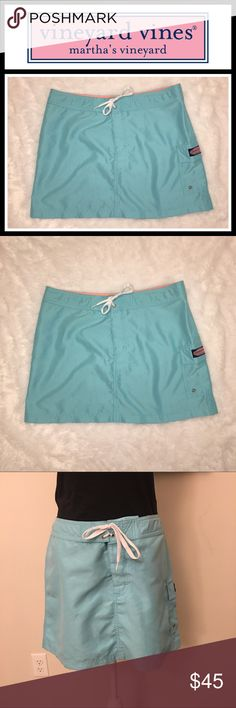Vineyard Vines Blue Boat skirt Perfect condition and perfect for the summer polyester Velcro tie so perfect for the boat! No flaws Vineyard Vines Skirts