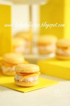 dailydelicious: Sweet sticky rice with mango macarons: Macarons Khao Neeo Mamuang