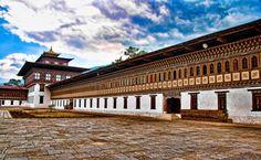 Buddhist monasteries in Thimphu, Bhutan » Tashichho Dzong Courtyard
