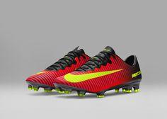 Nike News - Spark Brilliance Football Pack