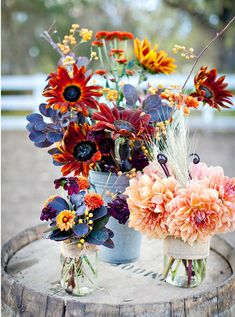 Marvelous Tips: Unique Wedding Flowers Center Pieces wedding flowers summer ice cubes. Spring Wedding Flowers, Fall Flowers, Autumn Wedding, Floral Wedding, Dry Flowers, Bouquet Wedding, Fall Wedding Centerpieces, Flower Centerpieces, Flower Decorations