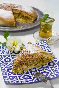 Pastela Marroquí de Pollo con Almendras - Asmae Mekrane, una joven cocinera y…