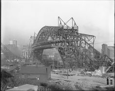 Cleveland: The construction of the Detroit-Superior (Veterans' Memorial) Bridge, 1 Nov. 1915.