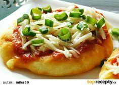 Langoše z tvarohu recept - TopRecepty.cz Hawaiian Pizza, Vegetable Pizza, Menu, Vegetables, Recipes, Dinner Ideas, Boleros, Brot, Menu Board Design