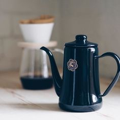 #Tsukiusagi Enamel Kettle for my Sunday #pourover.  Love that I get to experiment with different coffee equipment everyday. #bestjobever