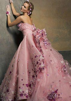 Robe de princesse rose .....