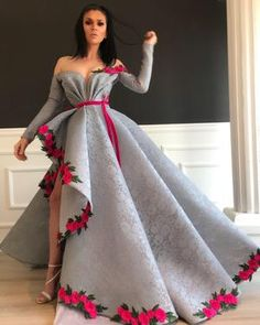 Prepare the prom dresse 2015 for the upcoming prom? Then you need to see silver lace sexy 2019 arabic evening dresses long sleeves high split prom dresses vinta Couture Dresses, Fashion Dresses, Fashion Clothes, Fashion Fashion, Runway Fashion, Fashion Women, Fashion Ideas, Vintage Fashion, Fashion Tips